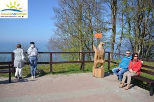 W Jastrzębiej Górze został umieszczony symbol miejscowości.